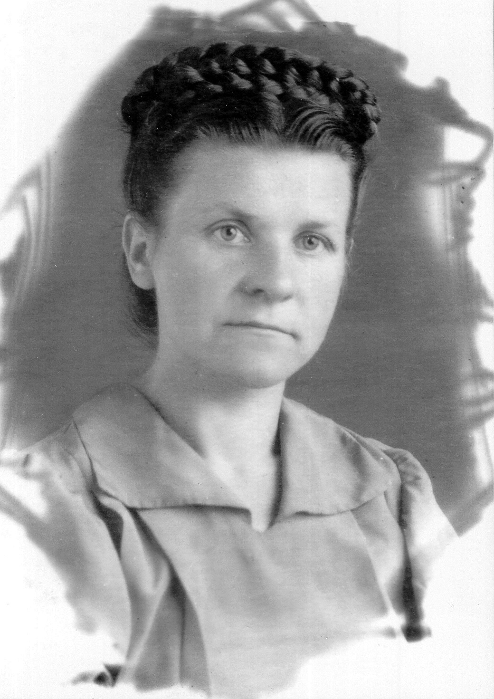 Олена Андрущак  «Орися»), з приватного архіву Олени Андрущак