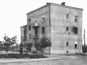 Адміністративний будинок концтабору після його ліквідації
